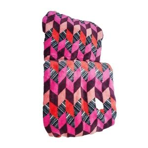 "Vera Bradley Fleece Travel Blanket 60"" x 45"""
